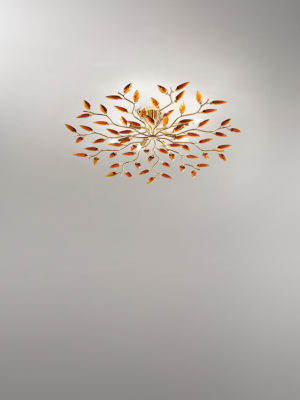 Plafoniera Crystallivs 8 luci con struttura in metallo ottonato